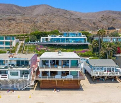matthew-perry-offers-oceanfront-malibu-retreat-for-15m5